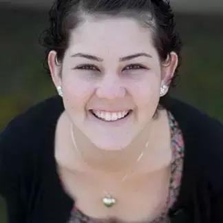 20岁的她患骨肉瘤,坚持治疗终重获新生
